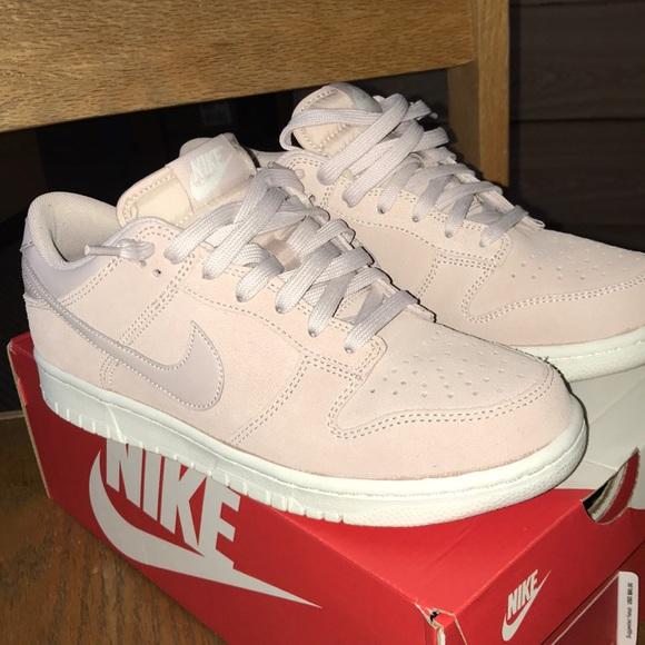 Nike Air Force Dunk